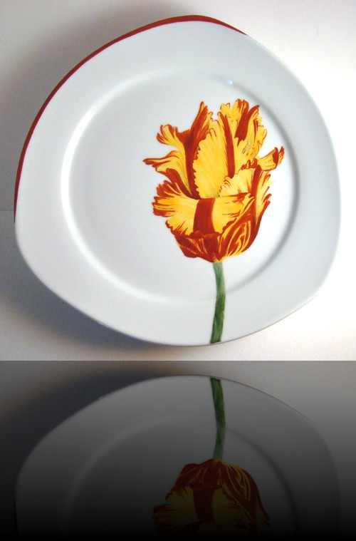 assiette triangle tulipe